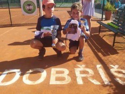 Beník Řehoř opět 2. na turnaji babytenisu v Dobříši