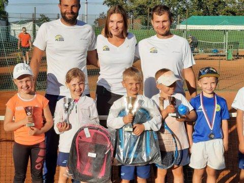 Poslední část letošní LOKO MINI TOUR ovládli domácí tenisté